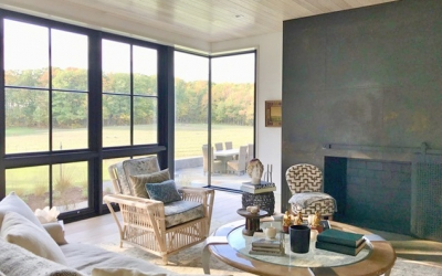 Beautiful New England Architecture Meets a Contemporary Interior Design