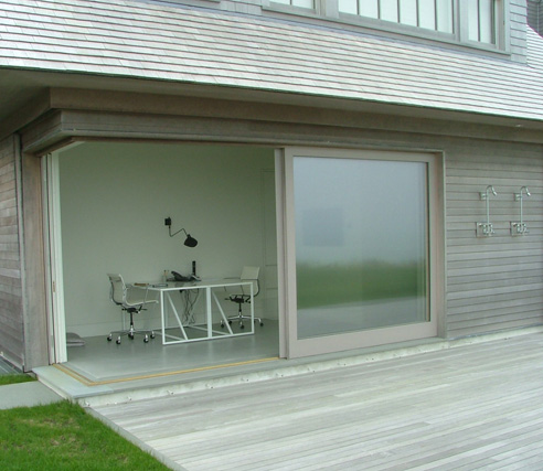Corner Slider - Exterior