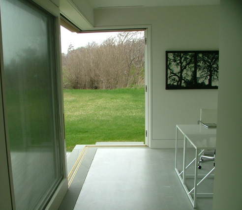 Corner Slider - Interior