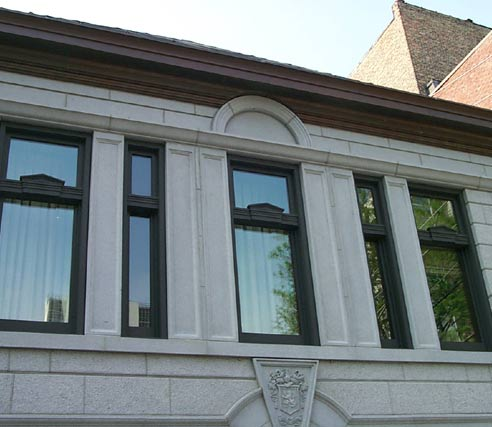 Single Hung with Pediment Detail at Meeting Rail