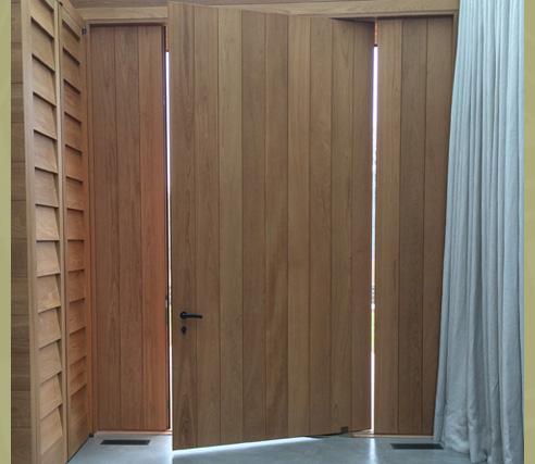 Pivot Plank Door