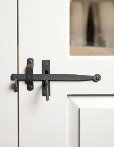Hirschmann Craftsmanship – Door Hardware