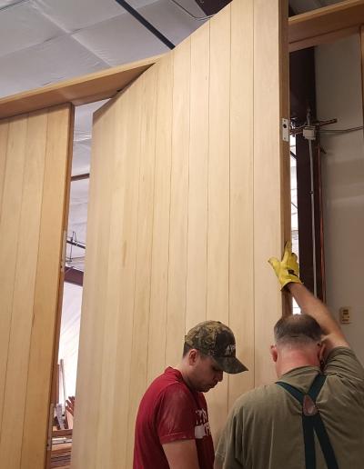 Hirschmann Craftsmanship – Pivot Door